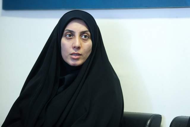 https://www.sarpoosh.com/sites/default/files/contents/images/port/hamideh-zarabadi970202.jpg